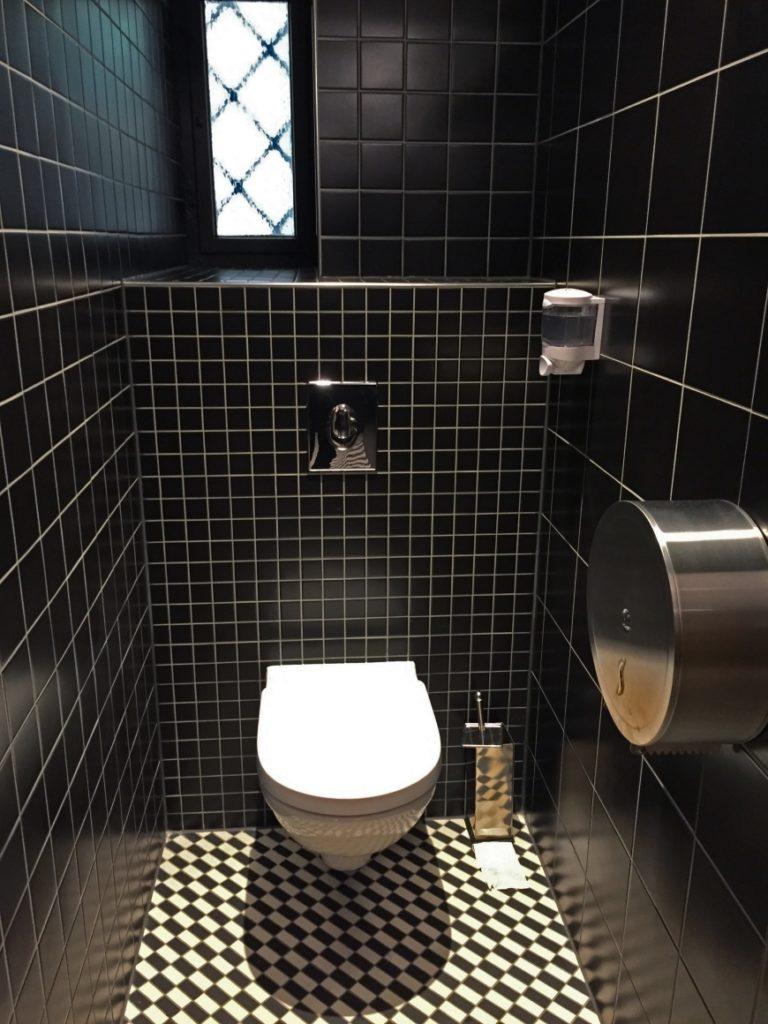 wc square