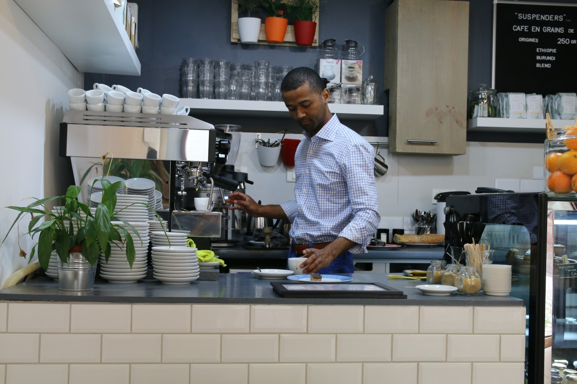 Suspenders coffeeshop - Pokaa