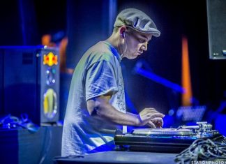 Aller voir Dj Woody,  multi-champion de turntablism