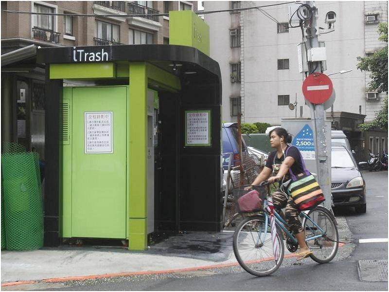 Tram écolo : et si Strasbourg s'inspirait de ces initiatives pêchées aux 4 coins du monde ?