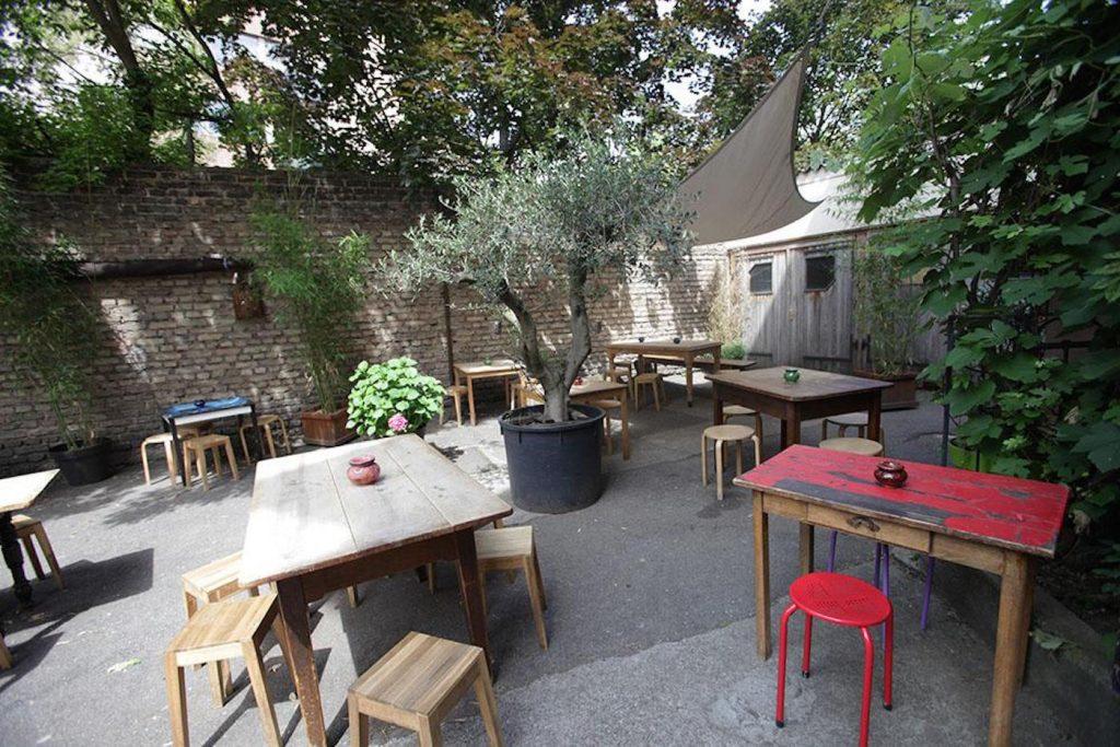 L'attribut alt de cette image est vide, son nom de fichier est terrasse-abattoir-cafe-strasbourg-1024x683.jpg.