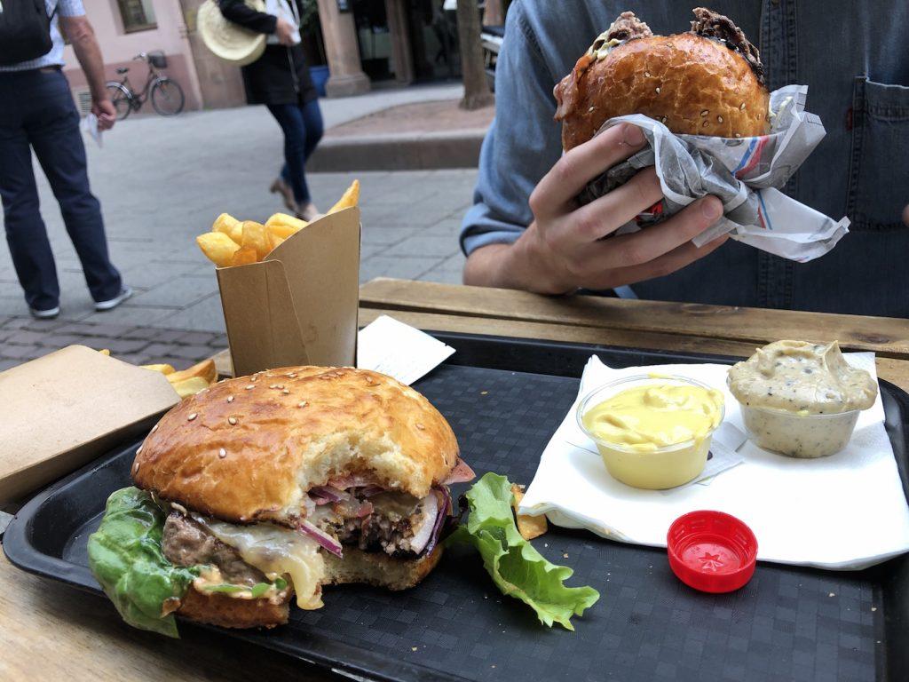 L'attribut alt de cette image est vide, son nom de fichier est stuck-burger-tanneursimage00045-1024x768.jpeg.