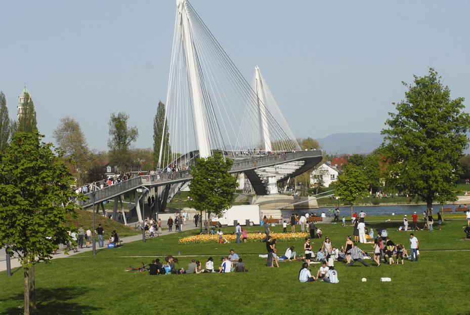 Concerts, animations et ciné plein air : le Jardin des 2 Rives se met au parfum d'été